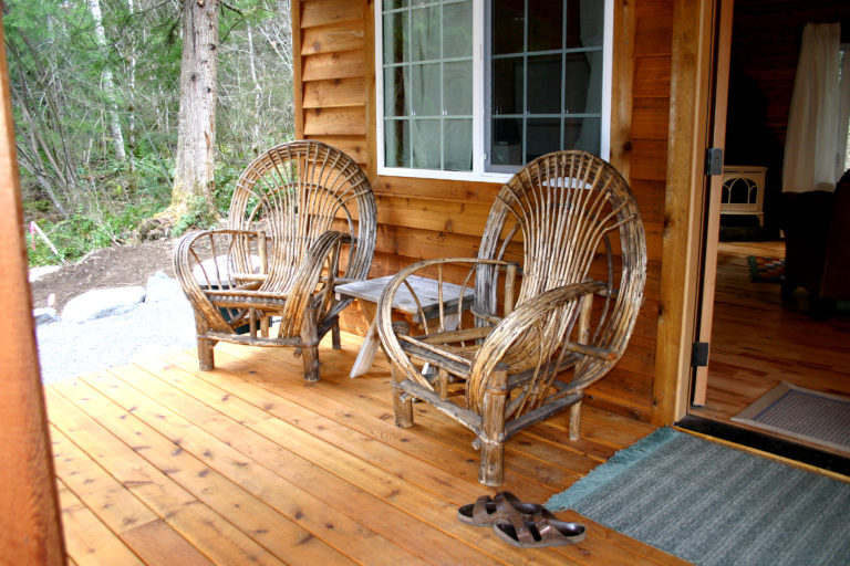 Dream Weaver Cabin Front Porch