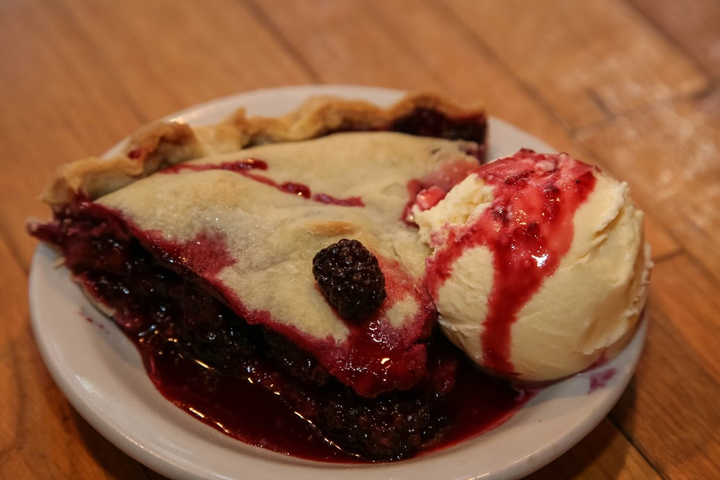 World Famous Blackberry Pie